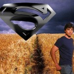 Clark Kent In The Field Wallpaper