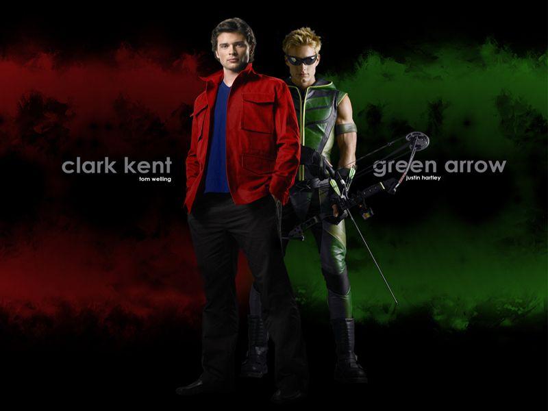 Clark Kent With Oliver Queen Wallpaper 800x600