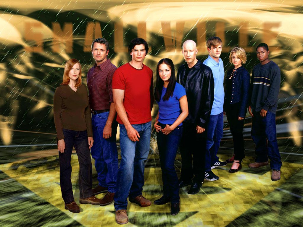 Smallville Cast Logo Background Wallpaper 1024x768