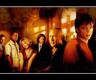 Smallville Cast Portrait Collage Wallpaper