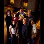 Smallville Cast Portrait Wallpaper