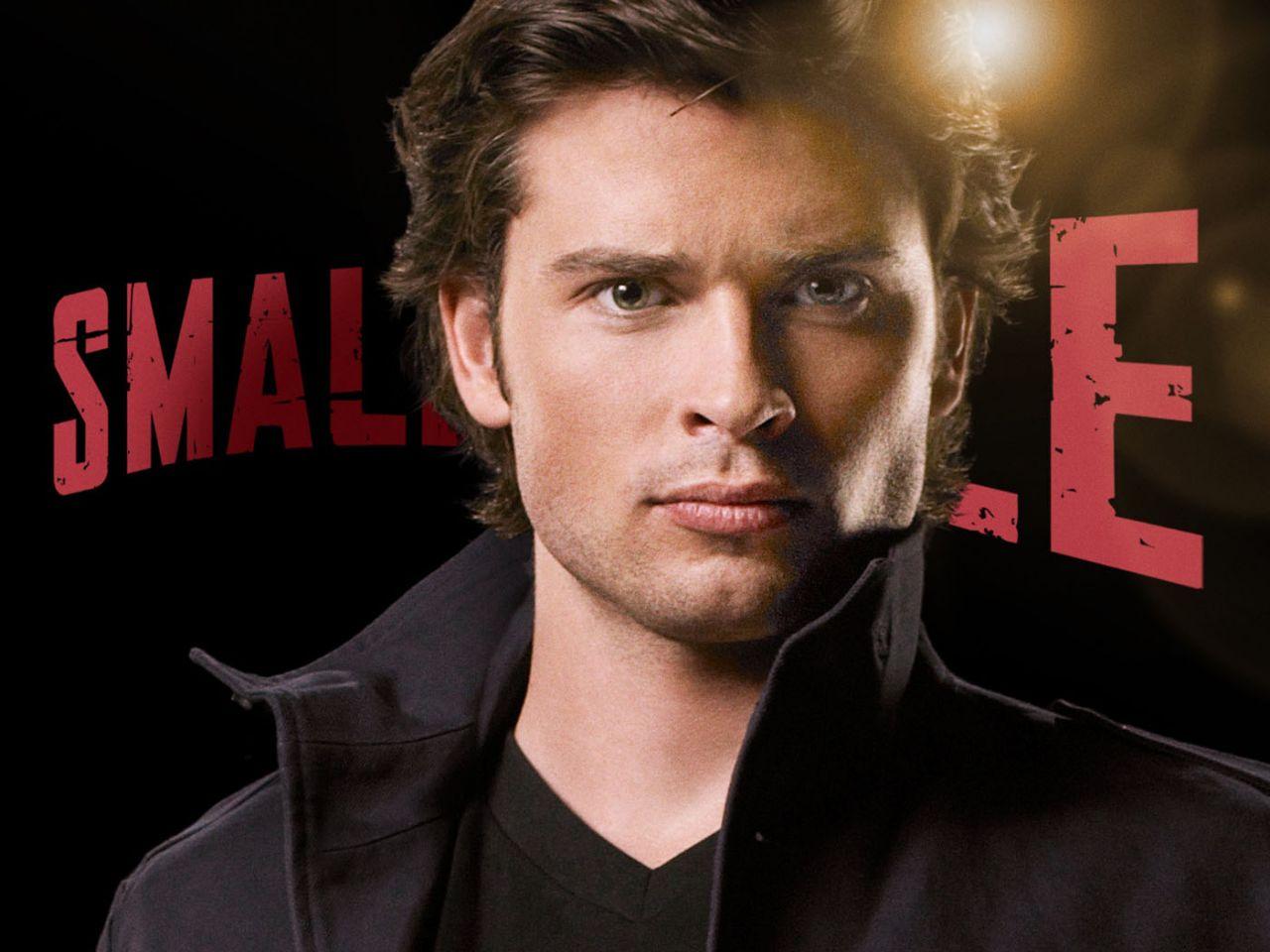 Tom Welling As Clark Kent Close Up Wallpaper 1280x960